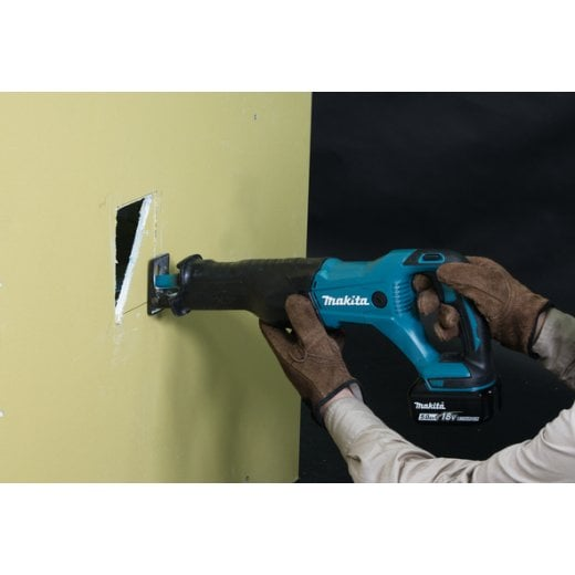 Makita DJR186RTE 18v Recip Saw With 2 x 5.0Ah Battery, Charger & Case