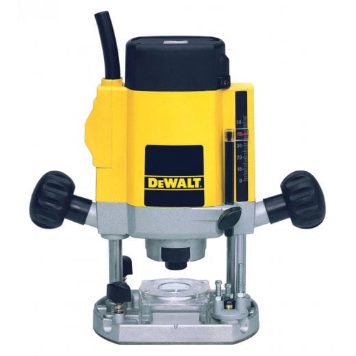 Dewalt DW615-GB 240v 8mm (1/4) Plunge Router 1000 Watt Motor